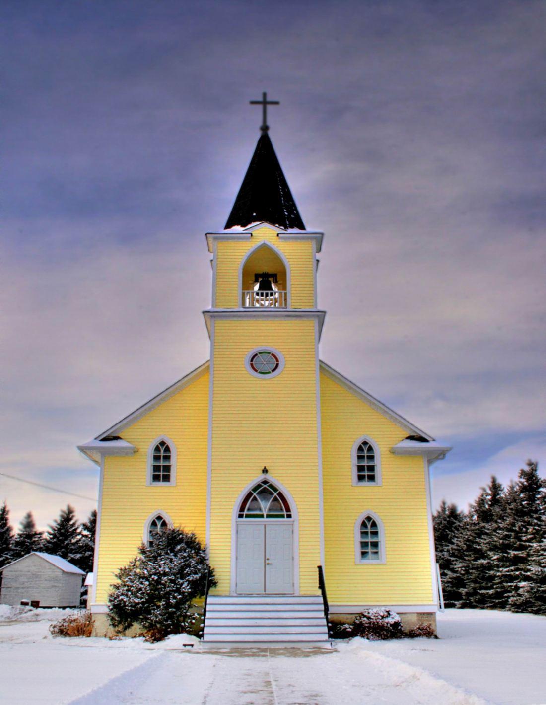 YELLOW LUTH. CHURCH. (Wikiped)  St_Johns_Lutheran_Church_Rabbit_Hill_Alberta_Canada_02A - WIDENED