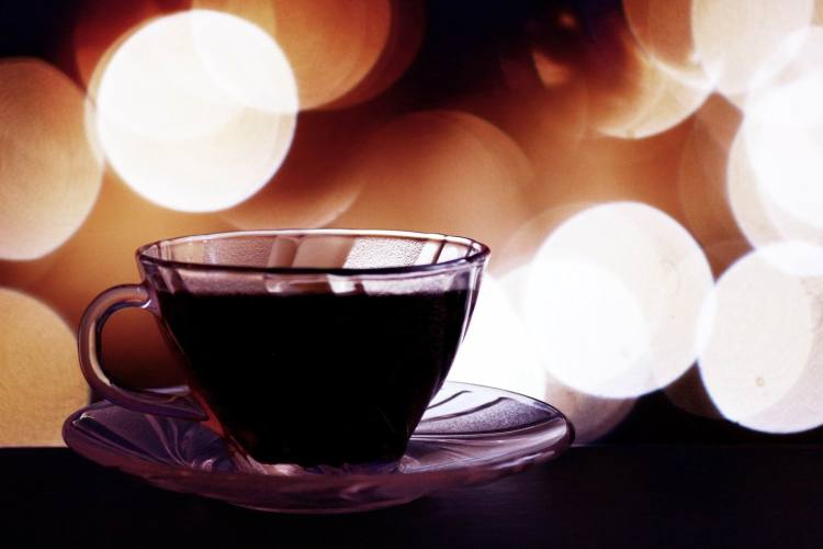 COFFEE IN PURPLE SEE-THRU CUP - PaulaAPH - PX