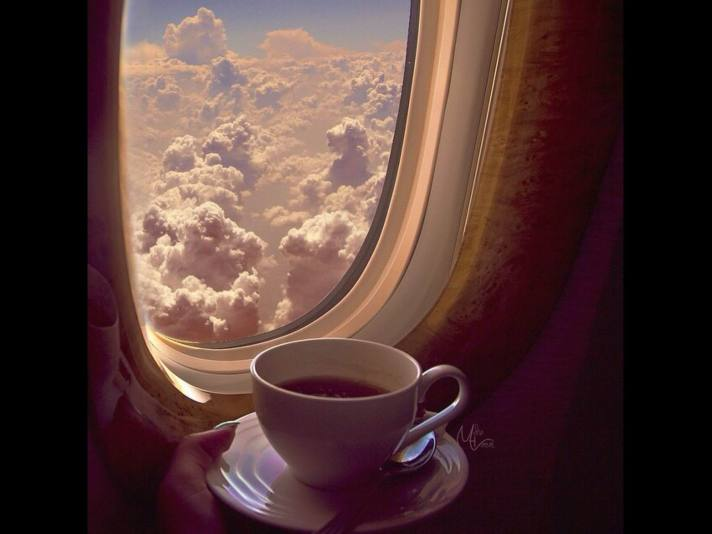 COFFEE ON PLANE - Nana 370 Px