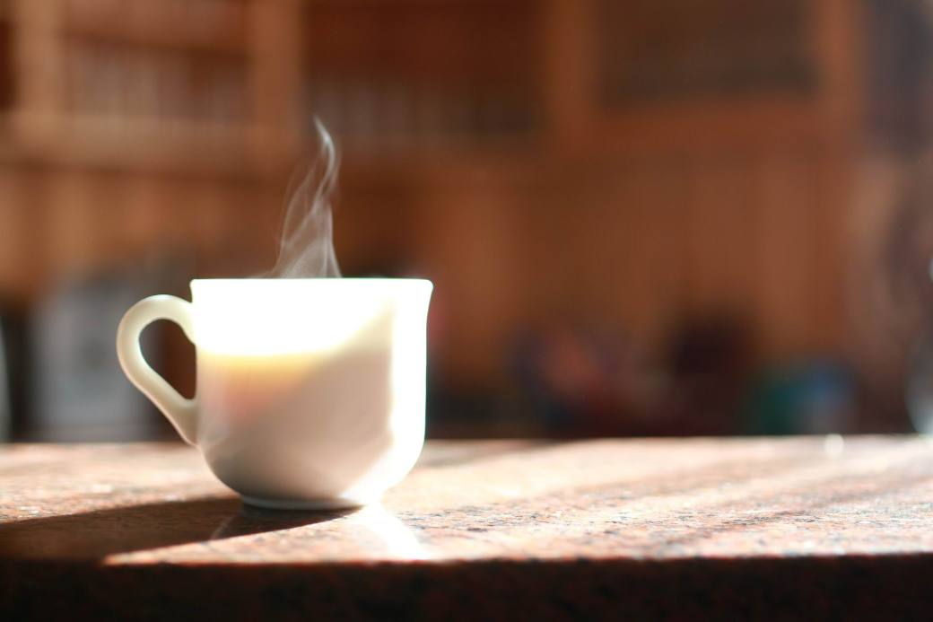 COFFEE - TRANSPARENT WHITE CUP Editadostalova - PX