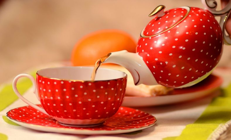cropped-red-tea-pot-and-cup-mr-wallpaper.jpg