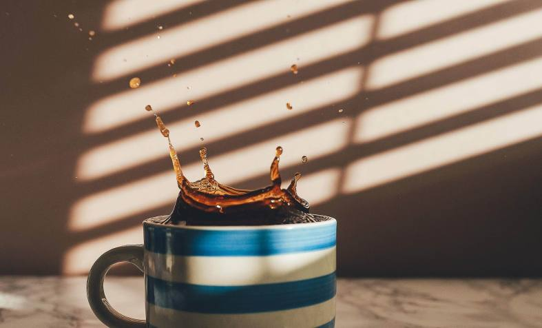 COFFEE PLOPPING -- AnnieSplatt -- PX