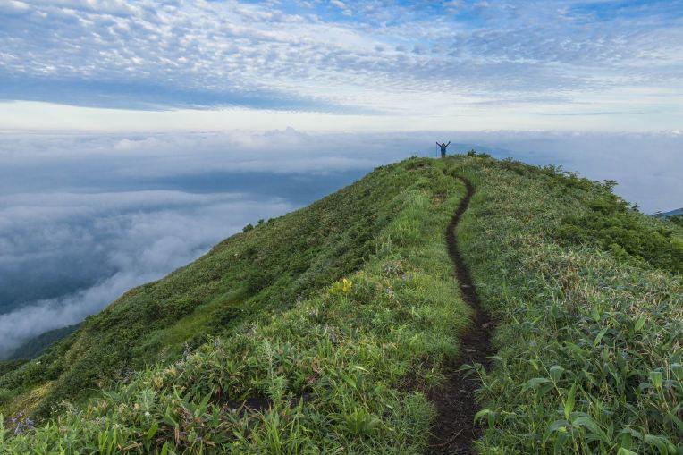 PATH TO TOP OF HILL -- Kanenori - px