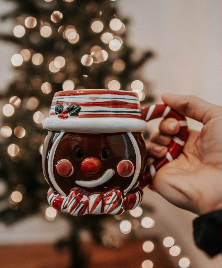 GINGERBREAD COFFEE CUP -- Photo by allison christine on Unsplash