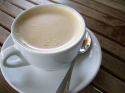 COFFEE W. CREME FROTH -- PUB DOM. - PX